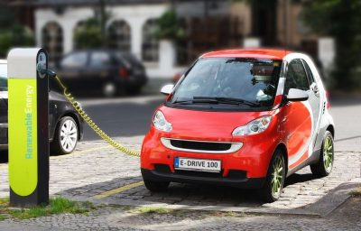 "Bild: ""Electric Car recharging"""