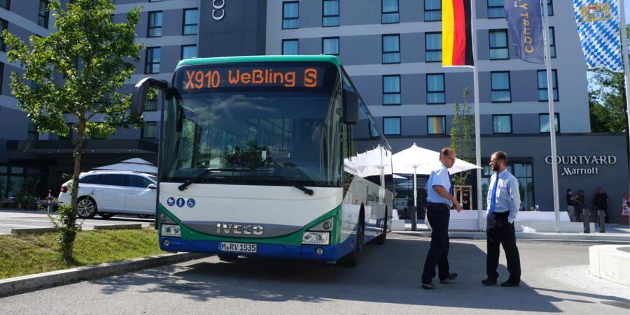 Bus X910 Haltestelle (Foto: M.Pilgram)