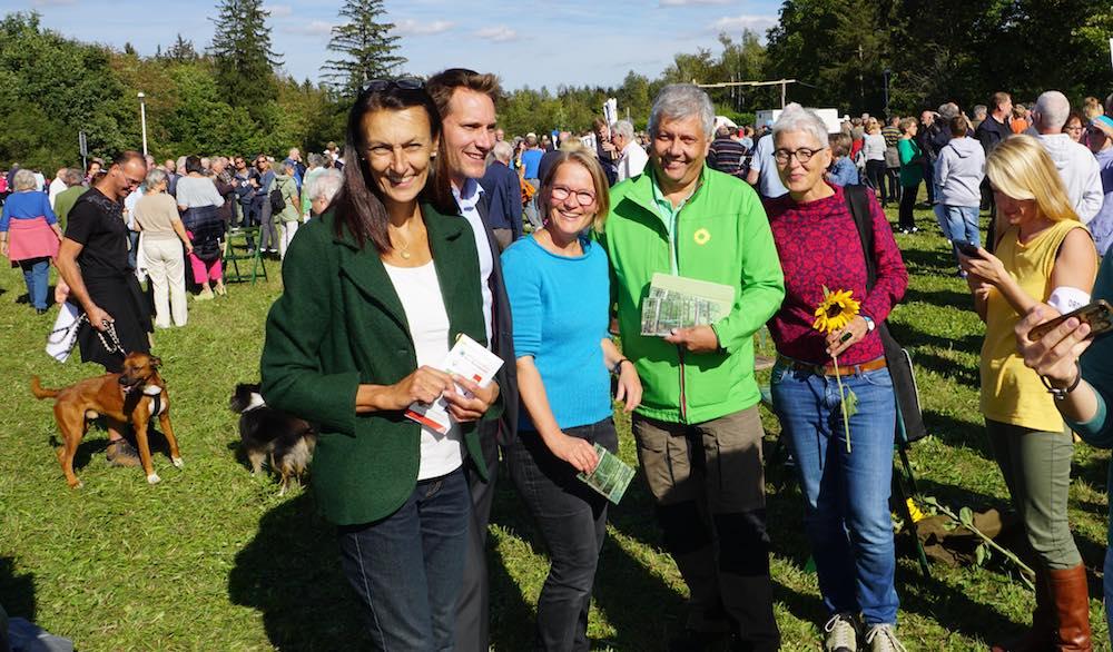 Grüne Spitzen auf der Bannwald-Demo (Foto: M.Pilgram)