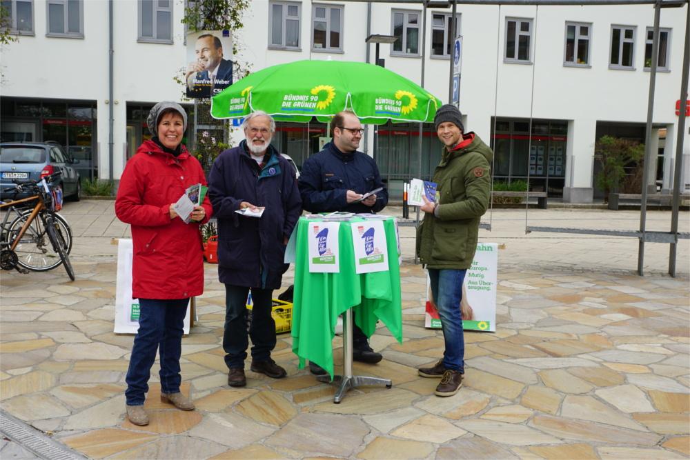 Infostand zur Europawahl mit Reinhard von Wittken in Gilching