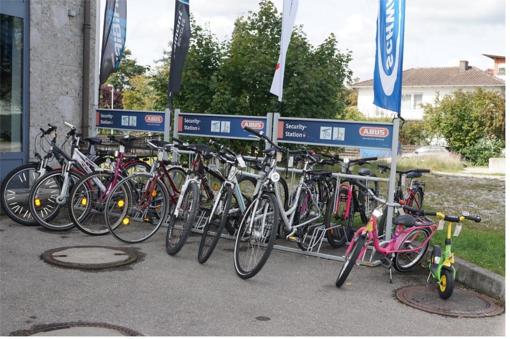 Antrag Fahrradständer am Bahnhof Gilching Argelsried (südlicher Aufgang)